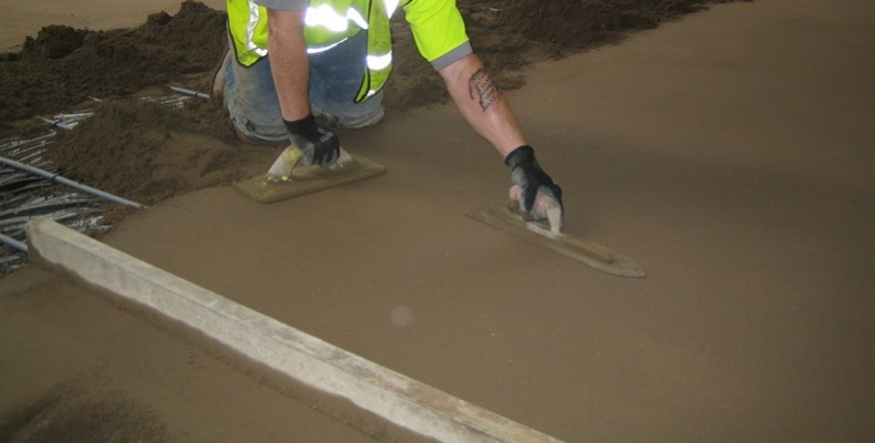 Fast-Drying-Sand-and-Cement-Floor-Screed-1